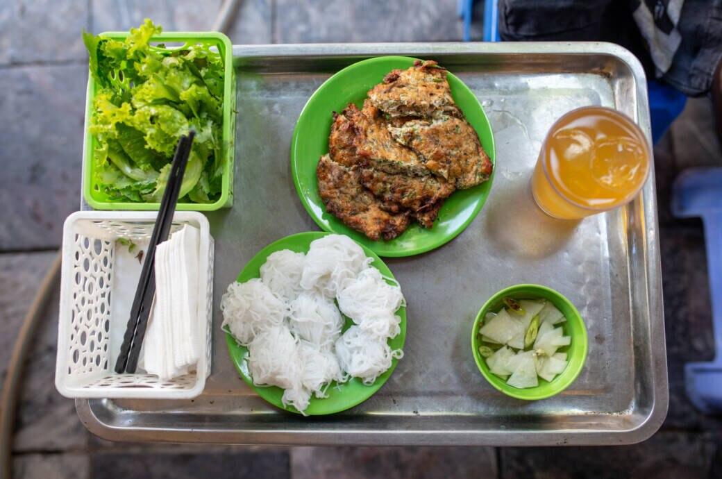 Wurm-Omelett in Vietnam