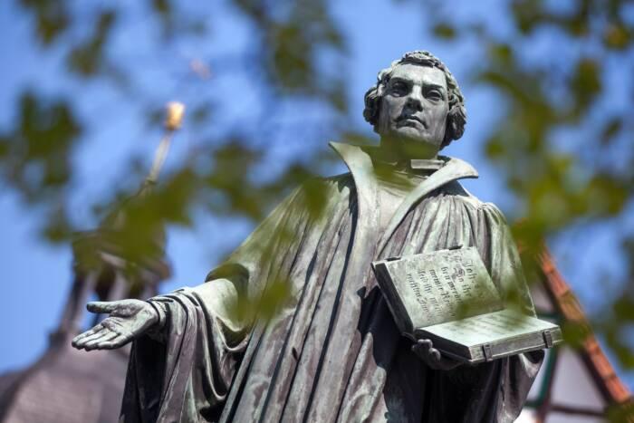 Das Denkmal Martin Luthers in Möhra