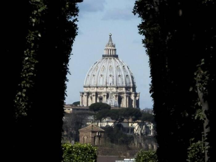 Blick zum Petersdom