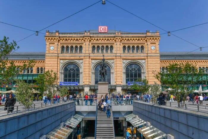 Auf Platz 2 landet der Hannoveraner Hauptbahnhof, ein wichtiges Drehkreuz