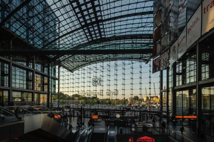 Vom Berliner Hauptbahnhof ist es nur ein Katzensprung bis zum Regierungsviertel