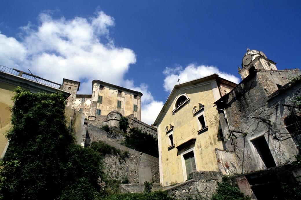 Balestrino Geisterstadt in Italien