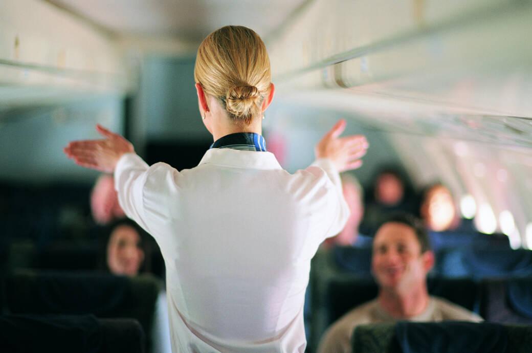 Wie du NICHT aussehen darfst, wenn du Flugbegleiter werden willst