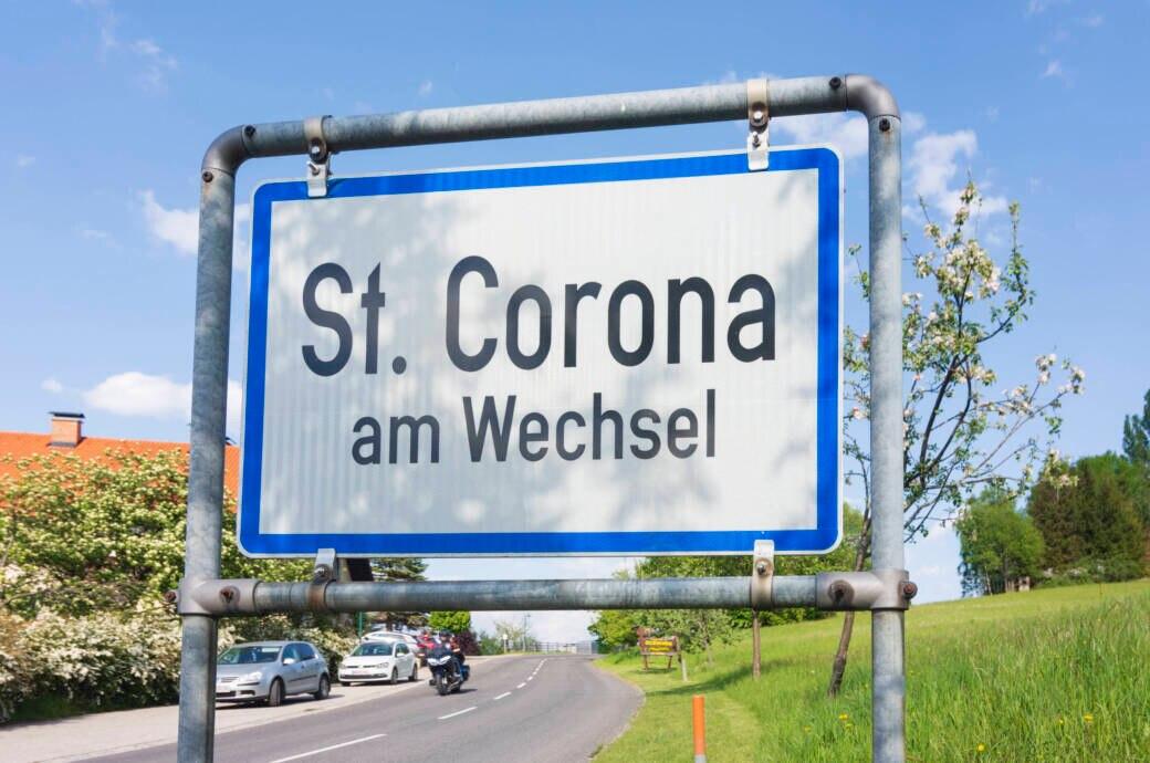 Ortsschild von Corona am Wechsel