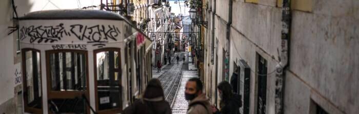 Straßenbahn, Eléctrico genannt, in Lissabon